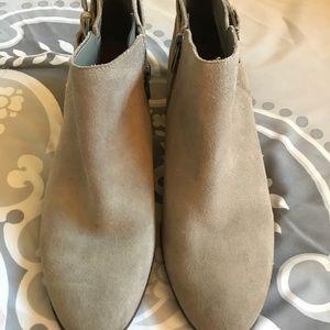 9e7af0544 Sam Edelman Shoes - NWOT Sam Edelman Petal Gray Ankle Booties